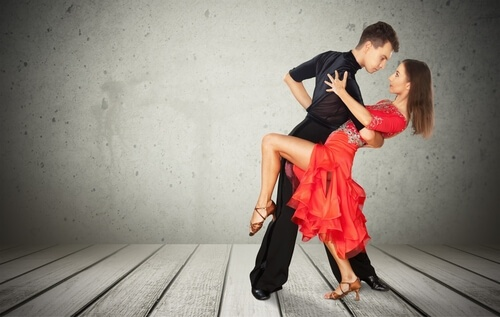 salsa dance classes (1).jpg
