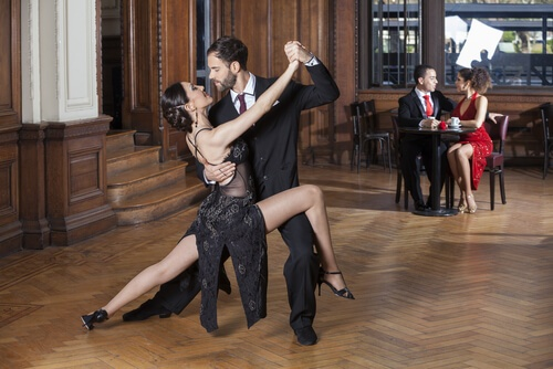 tango dance classes (1).jpg